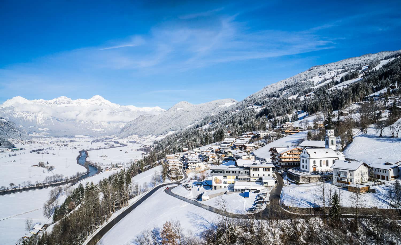 Luftaufnahme Hart im Zillertal im WInter 2015/2016